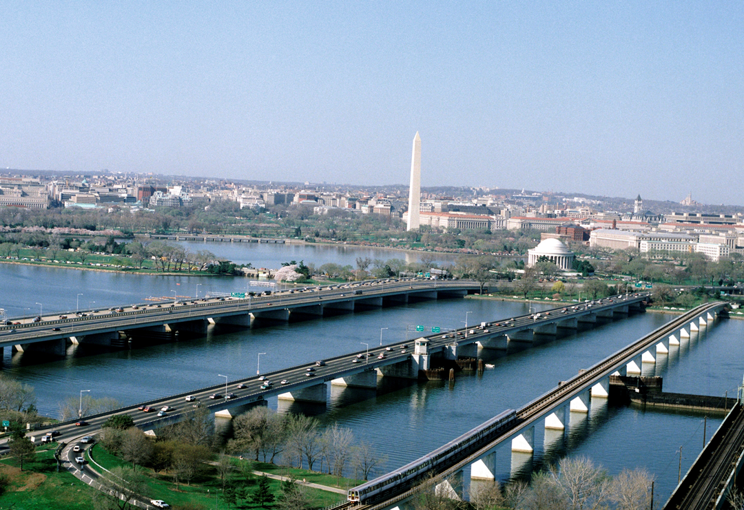 Train Crossing Potomac - aerial view